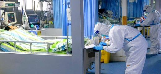 """طبيب إيطالي.. لم يعد مسموح لنا إسعاف المصابين بفيروس """"كورونا"""" الذين تزيد أعمارهم عن 60 عاما"""