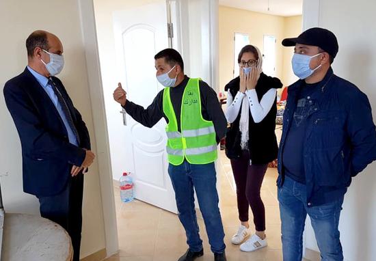 لمواجهة وباء كورونا.. جماعة الدريوش تخصص 42 مليون سنتيم لدعم الأسر المتضررة وإيواء المشردين