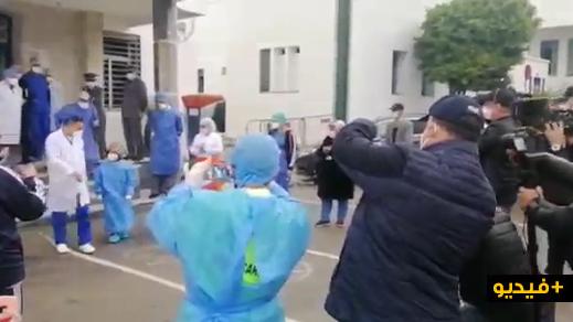شاهدوا.. طفل مصاب بفيروس كورونا يغادر مستشفى سانية الرمل بعد تماثله للشفاء
