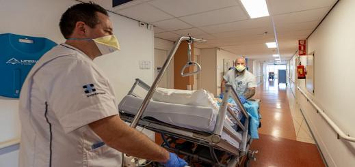 هولندا.. 120 وفاة و655 إصابة جديدة بفيروس كورونا في يوم واحد