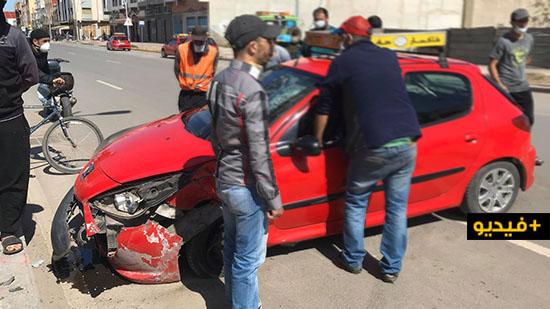 نقل سائق سيارة أجرة إلى مستعجلات الناظور بعد اصطدامه بعمود للإنارة العمومية