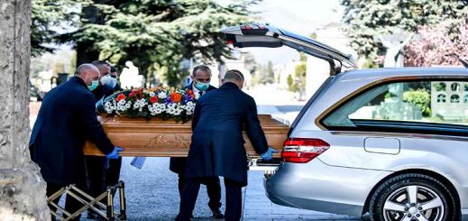 """فرنسا تتخطى عتبة 25 ألف وفاة بـ""""كورونا"""" بعد تسجيل 306 حالات إضافية خلال يوم واحد"""