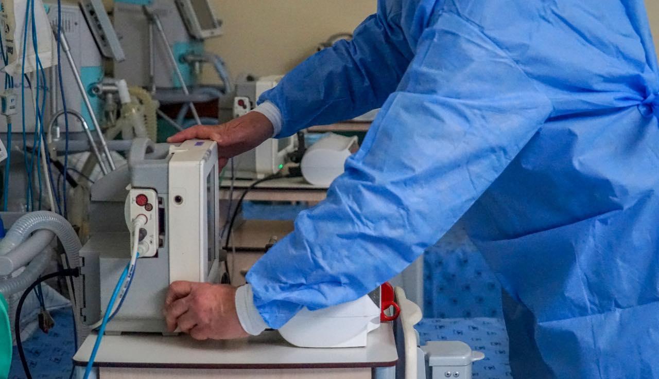 الناظور.. بعد تغلبه على فيروس كورونا وفاة مريض بالقصور الكلوي بالمستشفى