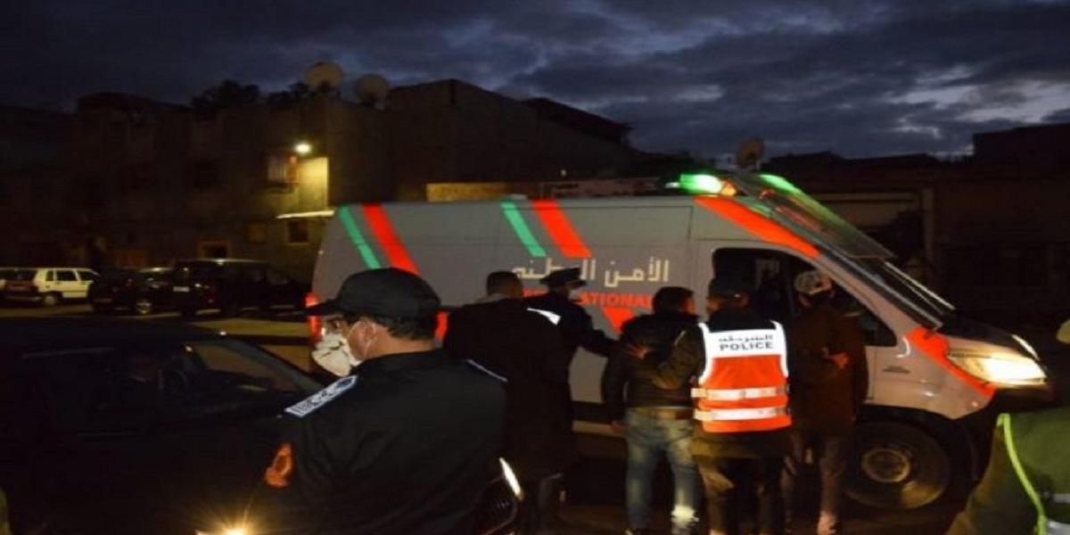 العروي.. إعتقال سائق شاحنة للتبريد نقل خمسة أشخاص بطريقة سرية إلى تازة