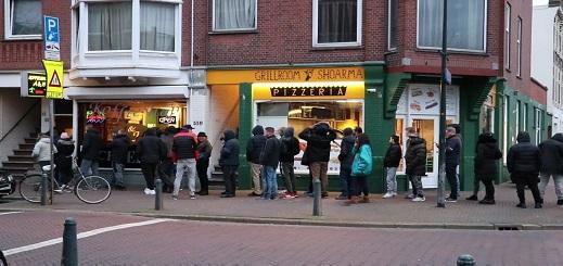 بعدما أغلقتها كورونا.. هولندا تعيد فتح المقاهي والمطاعم والمتاحف ودور السينما بهذه الشروط