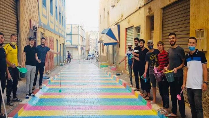 بالصور.. شباب ببني بوعياش يحولون أزقة المدينة إلى قطع فنية