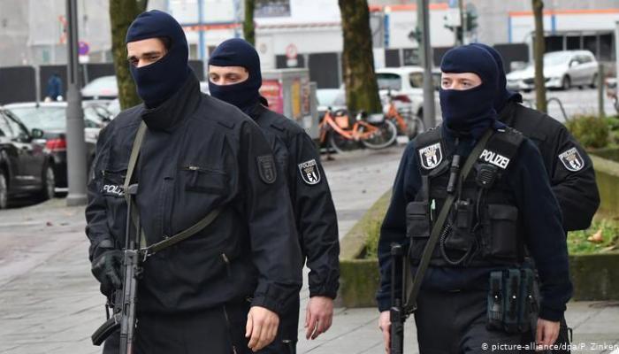 ألمانيا تعتقل متطرفا كان يخطط لتنفيذ هجوم إرهابي ضد المسلمين