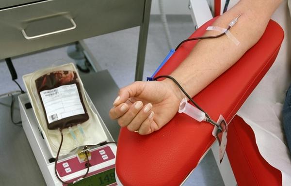 أسرة العدالة بالناظور تنخرط في حملة للتبرع بالدم