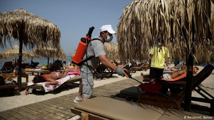اليوبي: إمكانية إنتقال فيروس كورونا بالشواطئ ضئيلة إن تم إحترام التدابير الوقائية