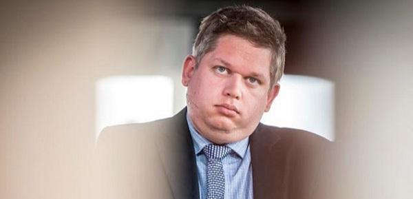 السجن لسياسي دنماركي أحرق نسخا من القرآن الكريم