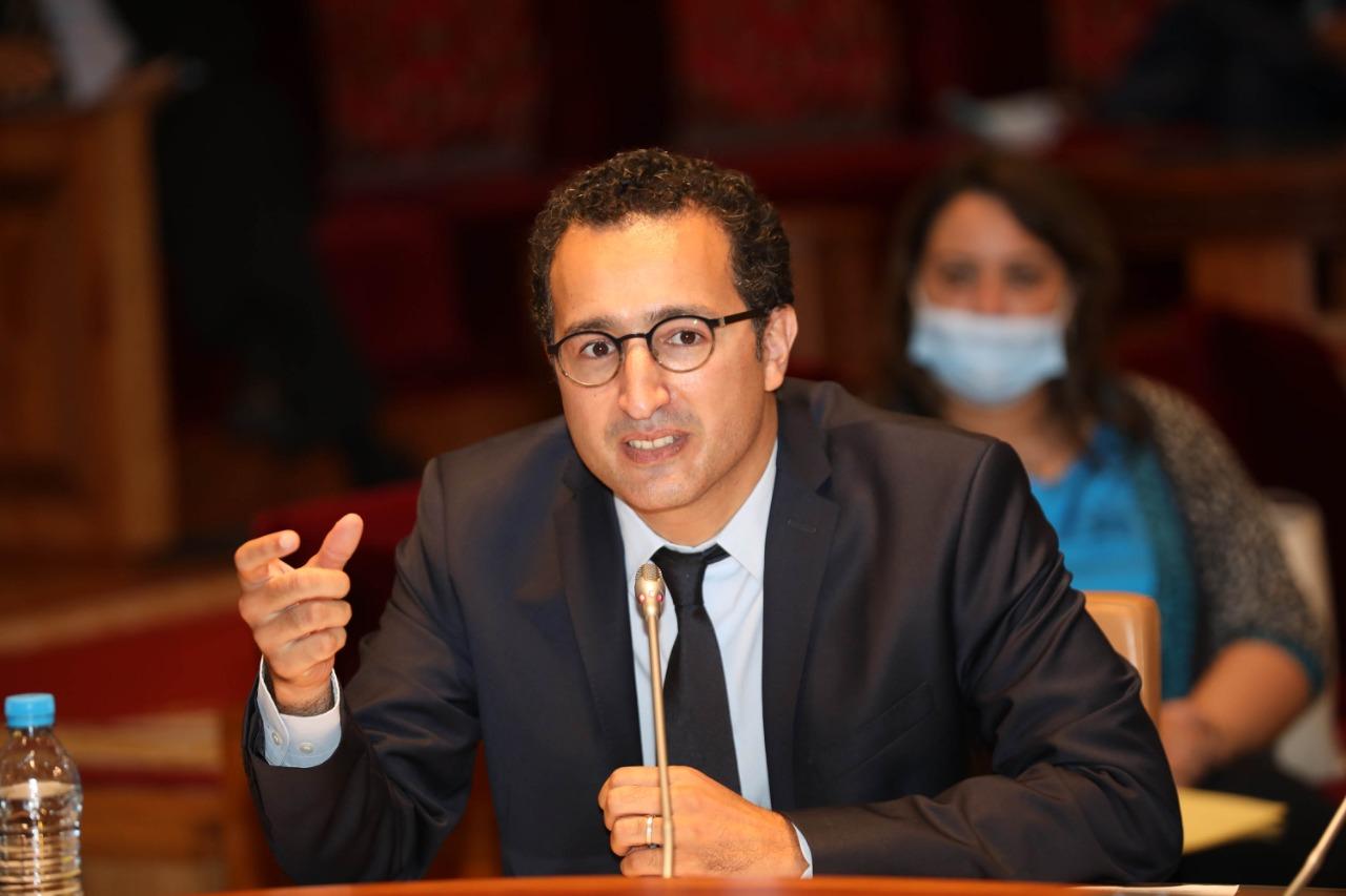 """وزير الثقافة يعد بخلق منصة مثل """"نيتفليكس"""" للترويج للأعمال السينمائية المغربية"""