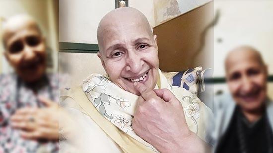 الفنانة عائشة ماهماه تطل على جمهورها حليقة الرأس تضامنا مع مرضى السرطان