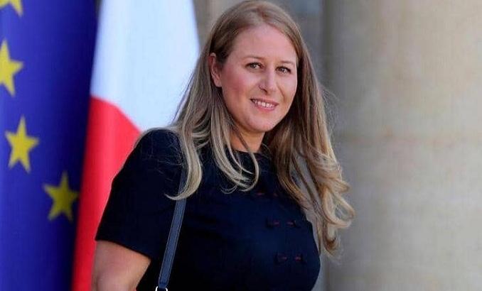 """نادية حي.. سيرة الوزيرة """"المغربية"""" في الحكومة الفرنسية الجديدة"""