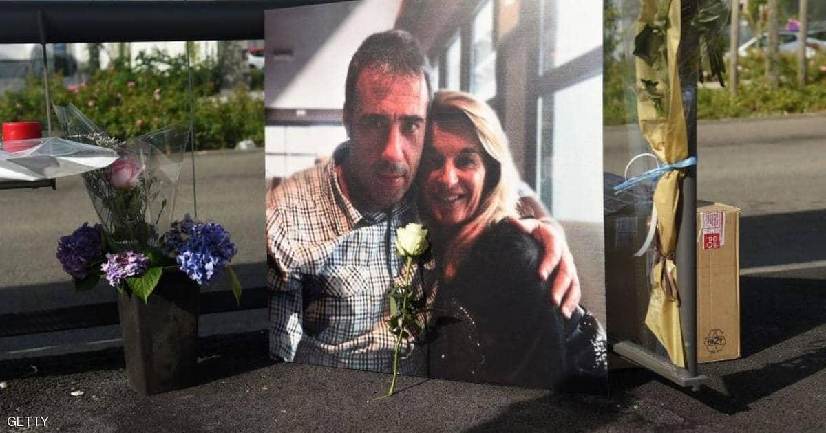 وفاة سائق حافلة بفرنسا تعرض للضرب من طرف ركاب رفضوا ارتداء الكمامة