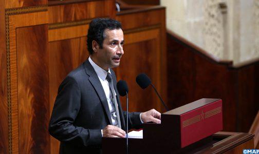 """وزير المالية: مواصلة دعم الأسر المتضرّرة من كورونا """"معقّدة"""" وتتطلب 7.5 ملايير درهم"""