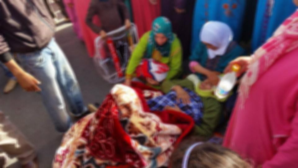 بعد تعذر نقلها إلى الناظور.. سيّدة حامل تضع مولودها أمام بوابة المركز الصحي في الدريوش