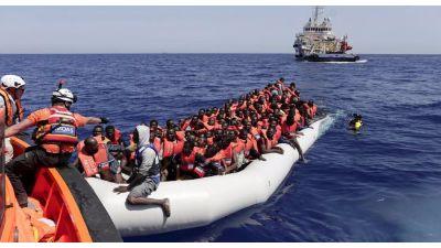 خفر السّواحل الإسباني تبحث عن 190 مهاجرا سريا انطلقوا من السواحل المغربية