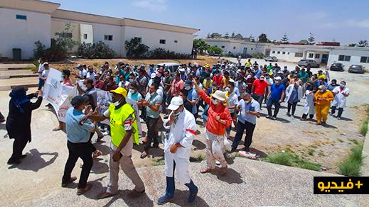 """نقابيون في العروي يحتجّون ضدّ """"انفلاتات"""" التسيير في مستشفى القرب"""
