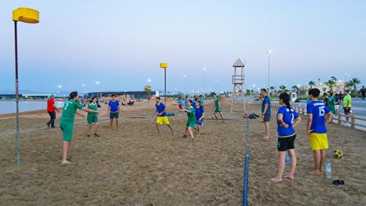 جمعية الشباب المتوسطي تنظم دوري الكورفابل بكورنيش الناظور