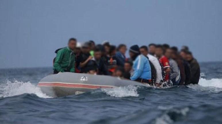 سلطات إسبانيا وأحزابها السياسية تبدي قلقها بعد اعتراض 497 من المهاجرين السريين في 3 أيام فقط