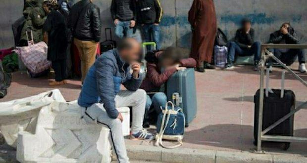 """مواطنون مغاربة عالقون في مليلية يقضون ثاني """"عيد"""" بعيدا عن عائلاتهم"""