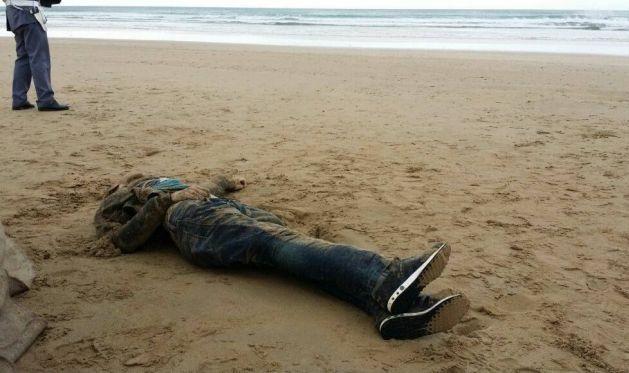 مصرع مهاجرين سريين غرقا برأس الماء وإنقاذ 13 آخرين