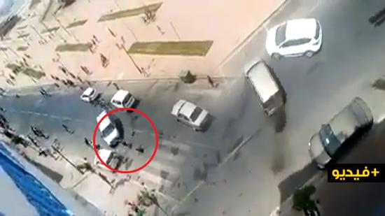 مقتل طفل ونجاة العشرات من موت محقق.. كاميرا هاتف ترصد حادثة دهس متعمدة