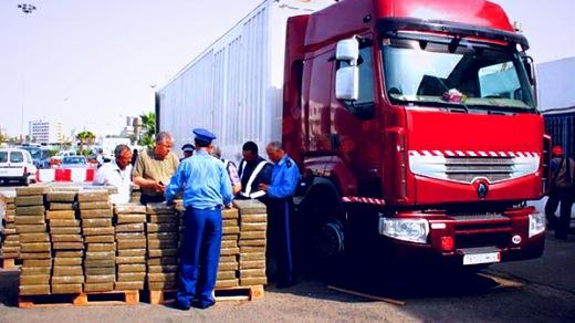 إحباط محاولة تهريب 192 كيلوغرام من مخدر الشيرا على متن شاحنة للنقل الدولي