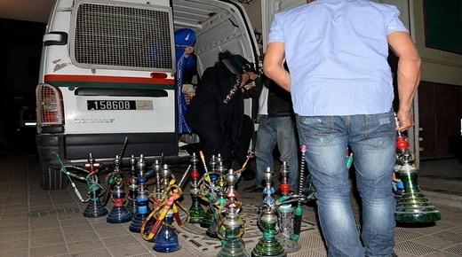سلطات بني انصار تغلق 3 مقاهي للشيشة وجهات تتسائل عن استثناء باقي المقاهي
