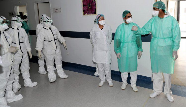 فيروس كورونا يواصل إطاحته بالأطر الصحية والطبية في المغرب