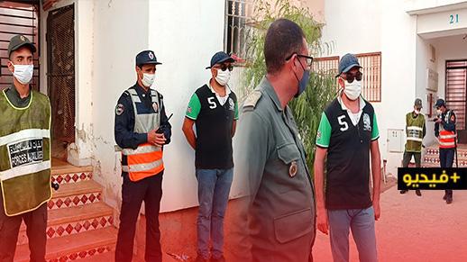 """السلطات تشدد المراقبة على منازل المصابين بـ """"كورونا"""" بالناظور"""