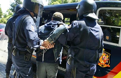 ححز 5 كلغ من مخدر الحشيش بمليلية والحرس المدني الإسباني يوقف الفاعل