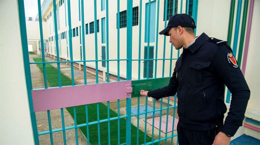بسبب كورونا.. مندوبية السجون تعود لمنع الزيارات العائلية بهذه المؤسسات
