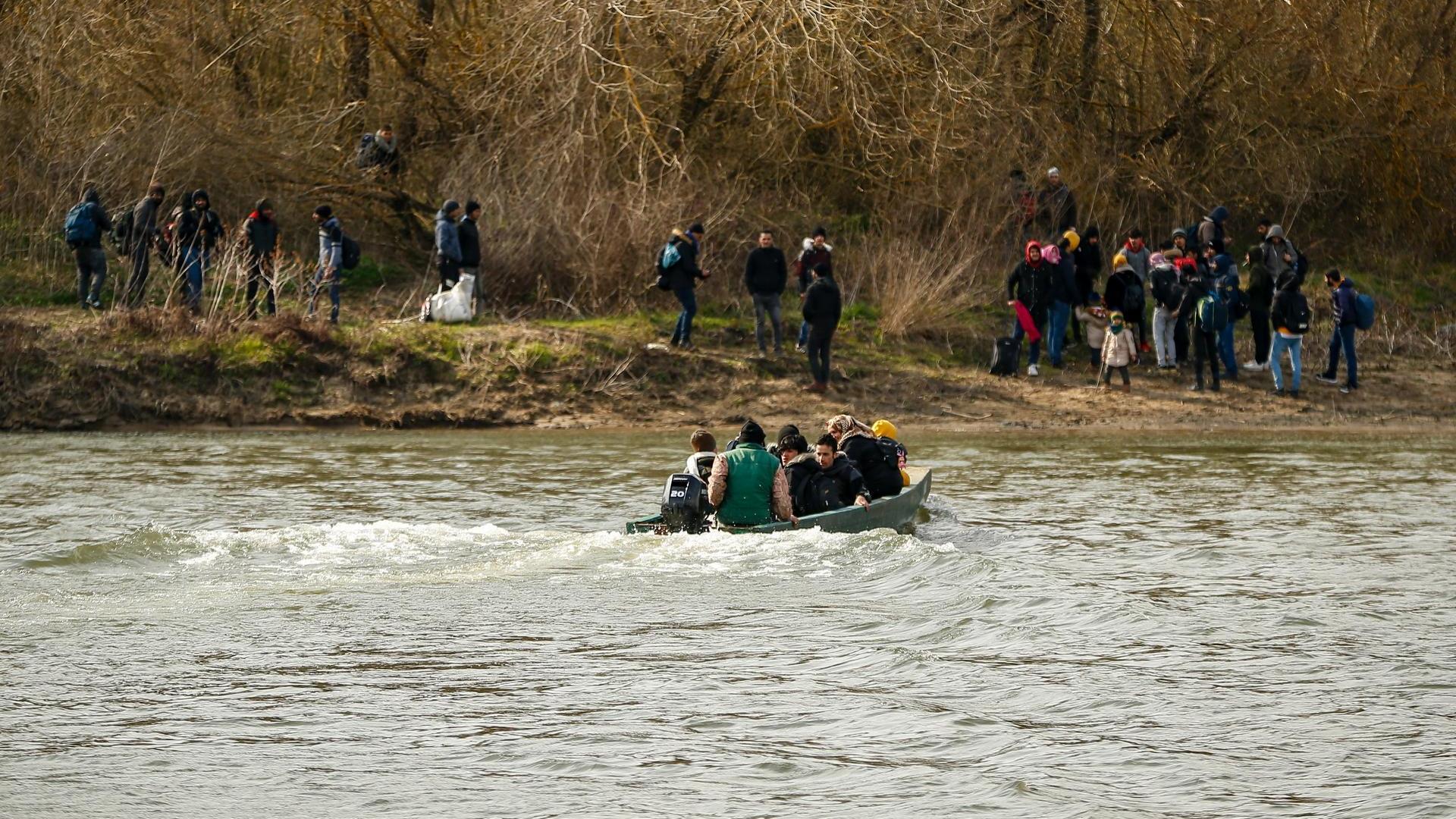 """مصرع مهاجر """"ناظوري"""" غرقا في نهر الموت بتركيا"""