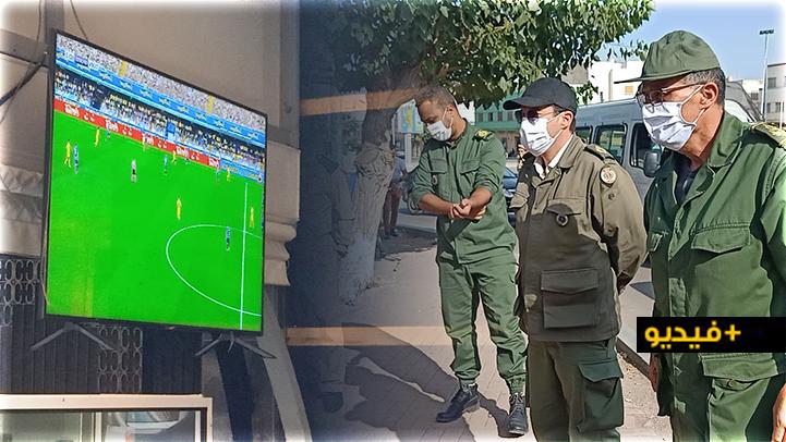 شاهدوا.. سلطات الناظور تشنّ حملة لمراقبة المقاهي وتعتقل أحد المخالفين