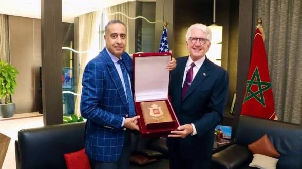 ناقشا الإرهاب والتطرف والجريمة المنظمة.. الحموشي يستقبل سفير الولايات المتحدة الأمريكية في الرباط