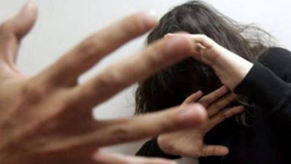 غريب.. طالب يغتصب فتاة خلال نومها ويرسل لها رسالة اعتذار على فيسبوك