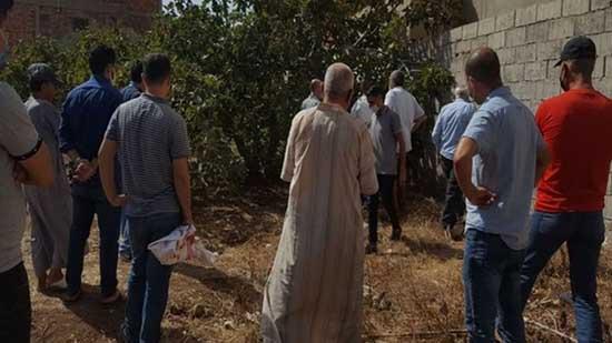 بعد اختفائه منذ أمس.. العثور على جثة شاب مشنوقا خلف منزل أسرته بالناظور