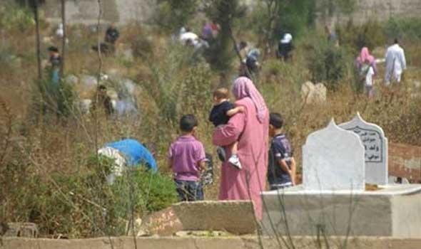 """نشطاء يطالبون بتشديد المراقبة على مقابر """"ببني شيكر"""" بسبب توافد نساء عليها بغرض الشعوذة"""