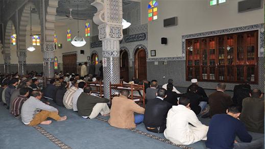رسميا.. عودة صلاة الجمعة للمساجد بجميع مدن المغرب وهذا عدد المساجد التي سيتم فتحها