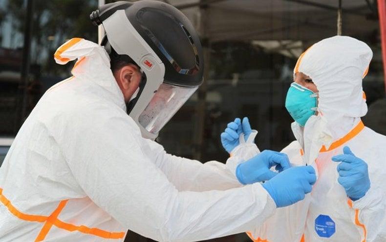 """منظمة الصحة العالمية تكشف السبب الرئيسي لـ """"انتشار الموجة الثانية"""" من فيروس كورونا في العالم"""