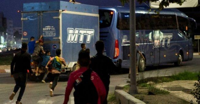 هكذا تساهم حافلات النقل العمومي القادمة من المدن الداخلية في إغراق الناظور بالحراكة
