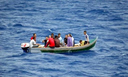 مهاجرون سريون يرغمون بحارا على نقلهم إلى اسبانيا بعد اختطافه