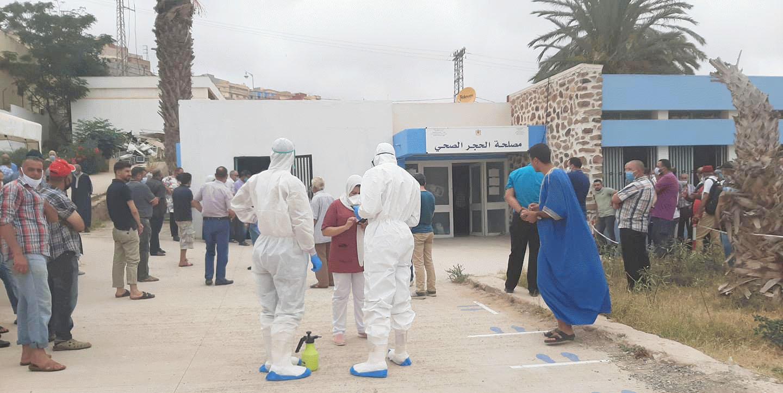 """المنظومة الصحية بالناظور تدخل مرحلة """"الانهيار"""" وسط مطالب تدعو لإحداث مستشفى ميداني"""