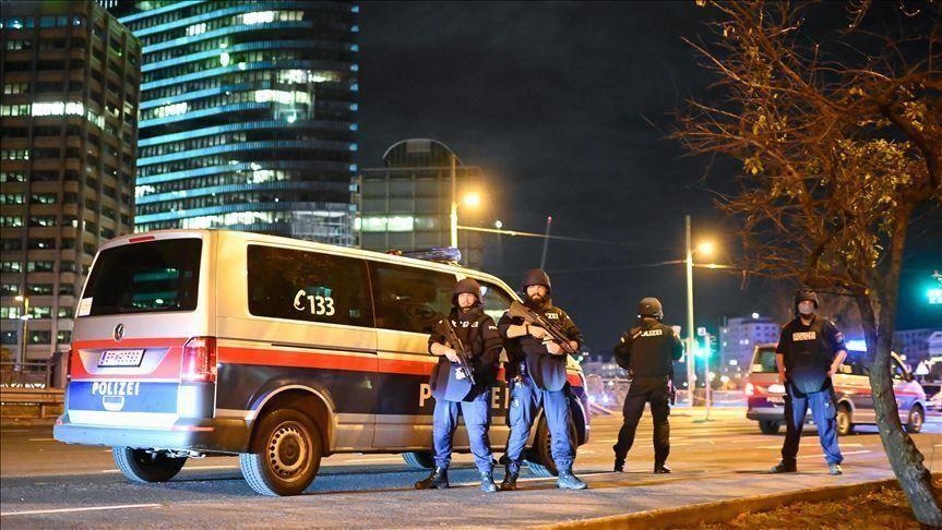 كشف هوية منفذ هجوم فيينا الذي راح ضحيته 3 أشخاص
