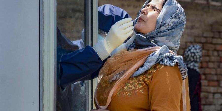 إغلاق عيادتين لطبيب ساهم في نشر فيروس كورونا بالمغرب واسبانيا