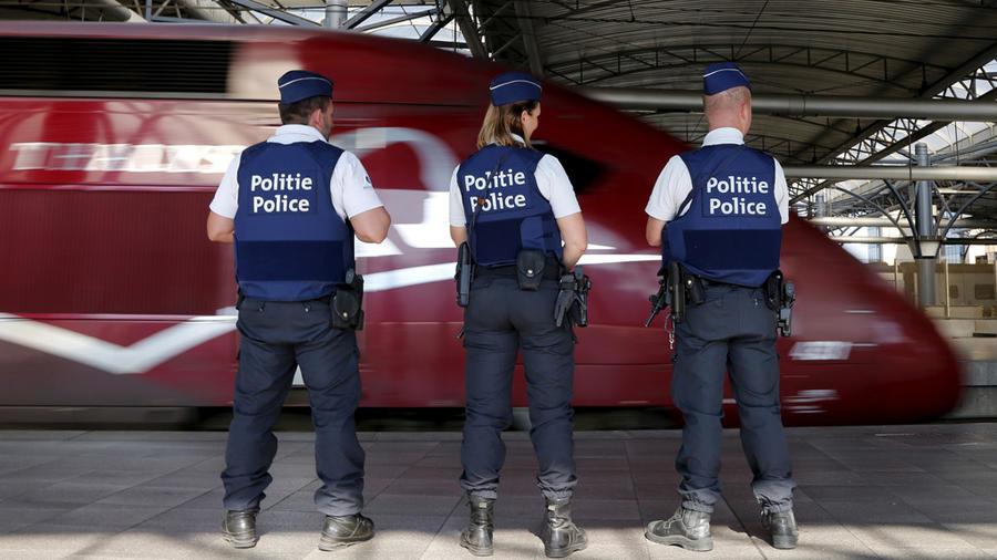 """هكذا أجهض ركاب """"قطار طاليس"""" مجزرة كان يخطط لها شاب مغربي متطرف"""
