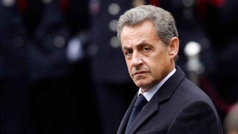 مثول الرئيس الفرنسي الأسبق نيكولا ساركوزي أمام المحكمة بتهمة الفساد