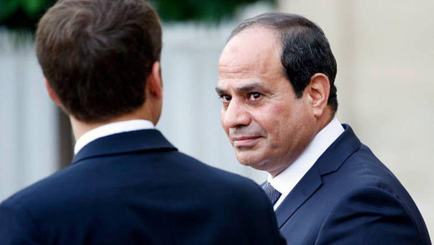"""احتجاجا على منحه لـ""""السيسي"""".. صحافي إيطالي يعيد """"وسام جوقة الشرف"""" الفرنسي"""