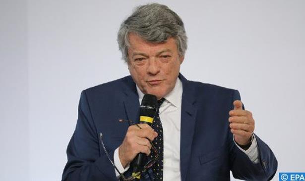 عضو سابق في البرلمان الأوروبي يدعو الاتحاد الأوروبي إلى الاعتراف بدوره بالسيادة المغربية على الصحراء